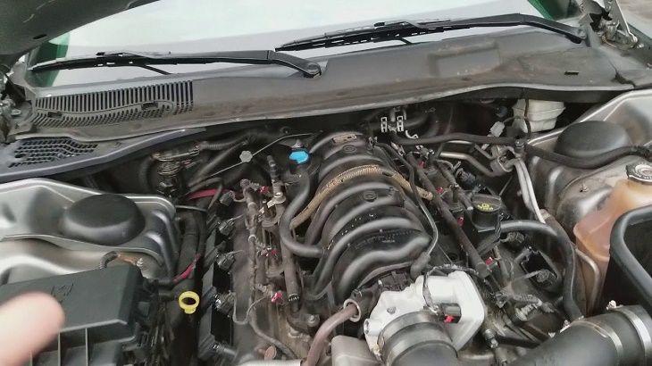 Car Shuts Off